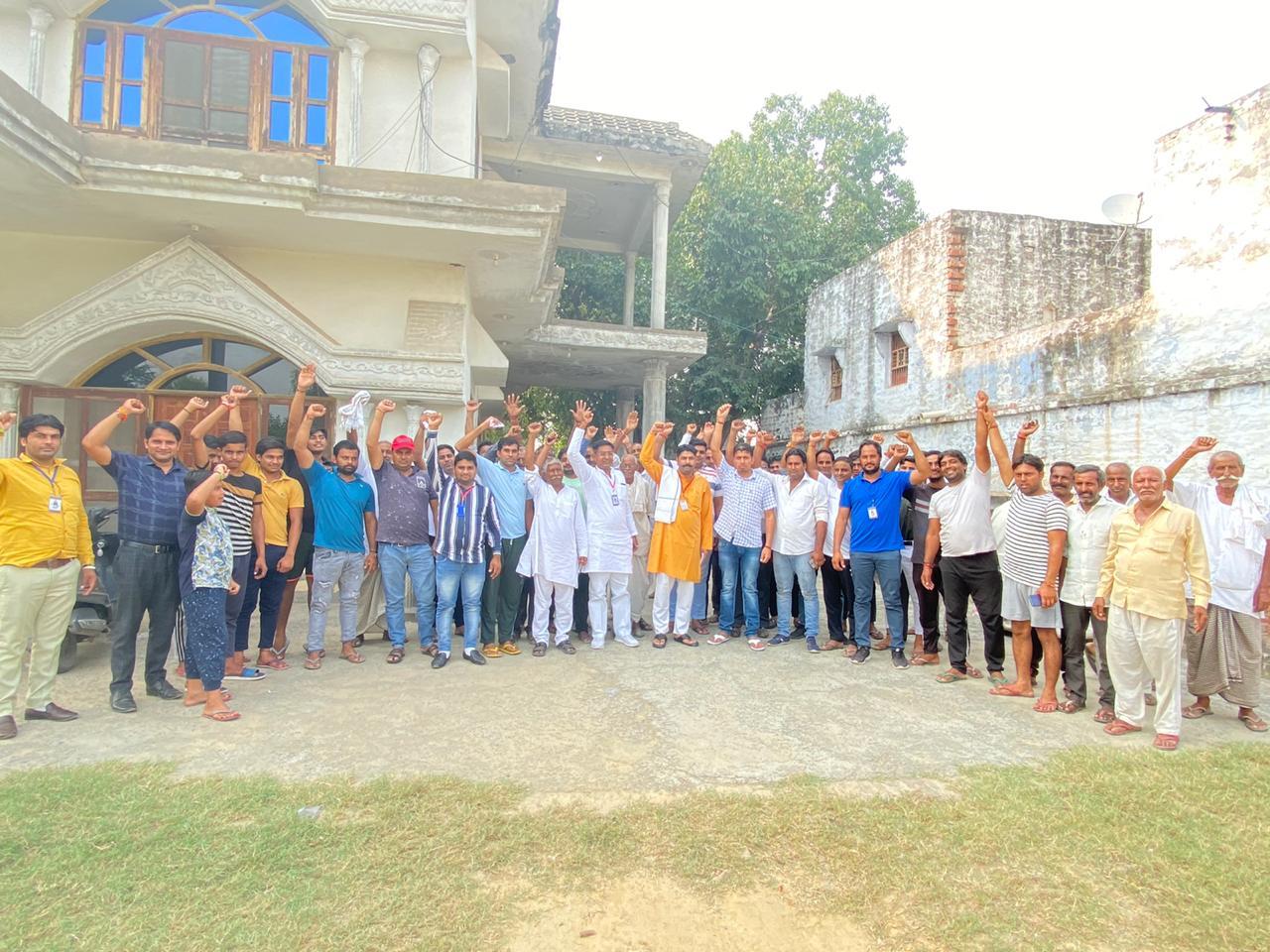 गिरधरपुर गांव की समस्याओं को लेकर करप्शन फ्री इंडिया ने की बैठक