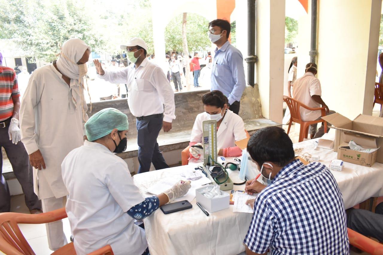 संपूर्ण समाधान दिवस का हुआ आयोजन, 34 फरियादियों ने की शिकायत