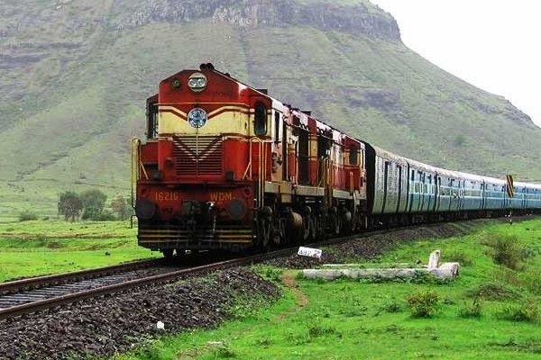 विशेष मार्गो पर चलेंगी 21 सितंबर से 20 जोड़ी 'क्लोन ट्रेनें'