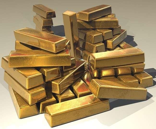 गिरावट दर्ज हुई सोने के वायदा भाव में, चांदी भी हुई सस्ती