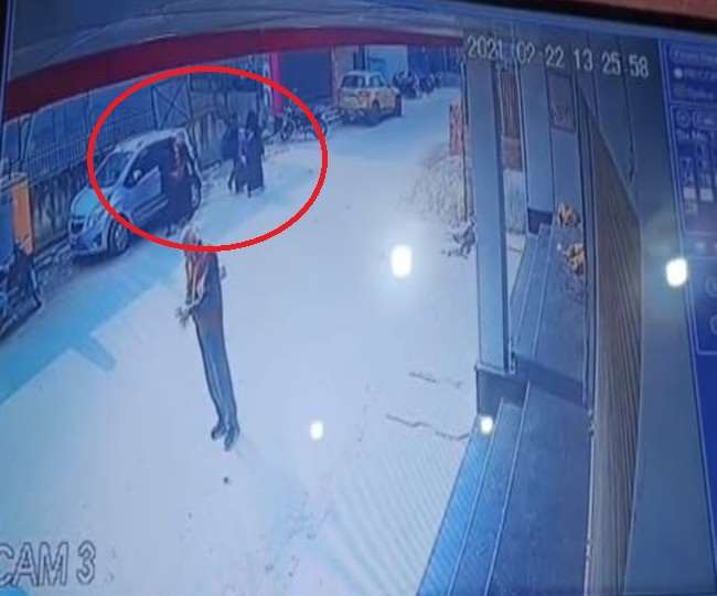 CC फुटेज में कपड़े चेंज करती आईं नजर, लखीमपुर में लापता चारों छात्राओं की सीतापुर में मिली लोकेशन